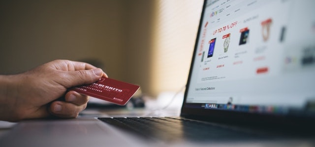 how to quickly launch an e-commerce brand